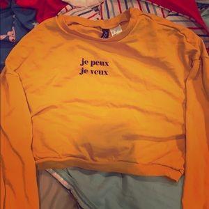 Yellow cropped sweatshirt